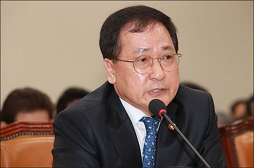 """유영민 과기정통부 장관 """"방송통신 정책 일원화, 얘기할 때 됐다"""""""