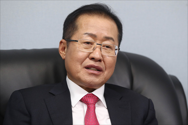 """홍준표 """"공천권, 국민과 당원에게 돌려줘야"""""""