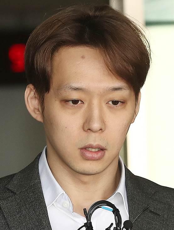 박유천  또 논란?…경찰 접대 의혹 불거져