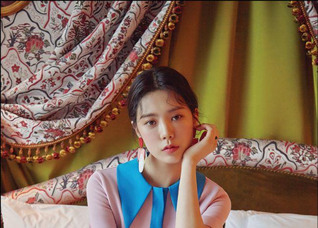 박수아, 외출 준비 중인 여배우 '성숙한 매력'
