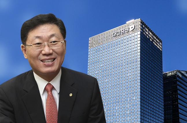 """[CEO가 뛴다-82] 뼛속까지 '대신맨' 나재철 """"관록으로 위기 극복한다"""""""