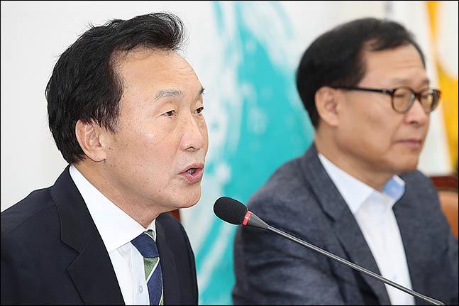 """손학규 """"대한민국 안보, '애치슨 라인' 밖으로 밀려나고 있다"""""""