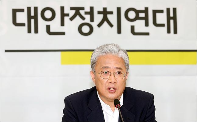 """유성엽 """"이수혁 주미대사 내정자 '아그레망 거부' 얘기 떠돌아"""""""