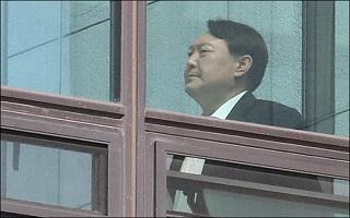 '윤석열 스타일'에 환호하던 민주당의 변심…진실보다 조국?