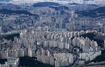 서울 아파트 거래량 감소에도 가격 상승…급매물 빠지고, 매물 거둬들이고