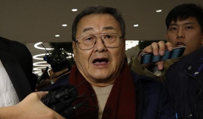'성폭행 혐의' 김준기 전 DB그룹 회장 구속영장 청구