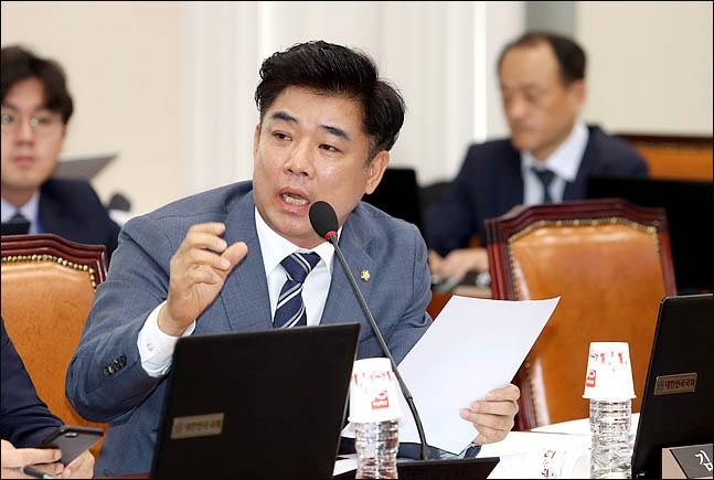 """김병욱 의원 """"월 200만원 이상 미성년자 저축보험 계약 229건"""""""