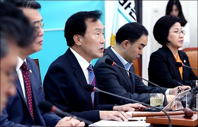 '새 인물' 찾는 제3세력…안철수계 둘러싼 '밀당' 염두