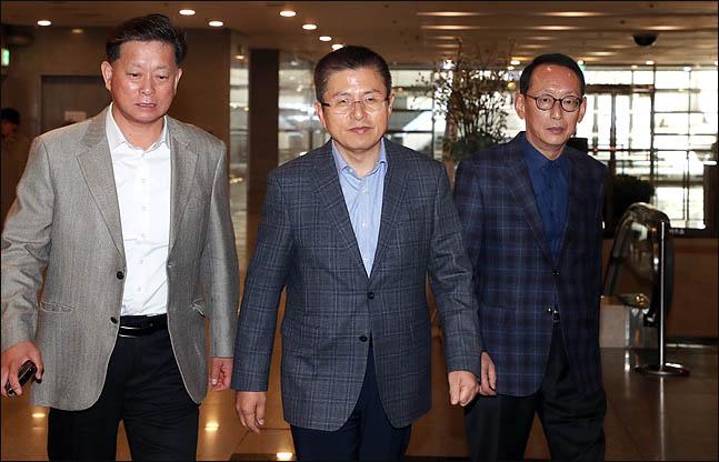 황교안·영남중진, 탈북선원 강제북송 국정조사 추진에 공감대