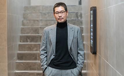 """[D-인터뷰] 유재명 """"동경했던 이영애와 호흡, 한 단계 발전"""""""
