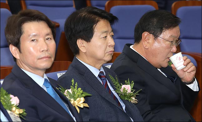 한국당 원내대표 경선에서 '김태년 쇼크' 재연?