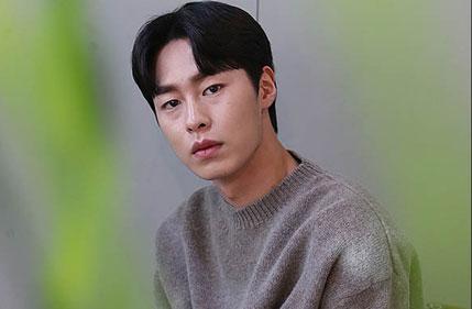"""[D-인터뷰] '대세 신인' 이재욱 """"365일 꽉 채워 연기"""""""