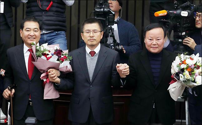 심재철·김재원 '콤비' 제대로 먹혔다…黃 독주 견제·투쟁력 선택