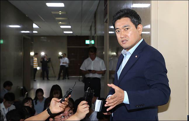 """오신환 """"민주당, 개혁팔이 중단하고 선거법 원안 표결하라"""""""
