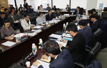 원안위, '월성 1호기‧맥스터' 의결 미루나…24일 회의 안건서 제외
