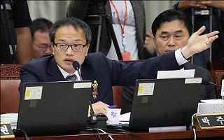 """與, 당내 파다한 '비례한국당' 공포에 대책 없나…""""선거법 수정 없다"""""""