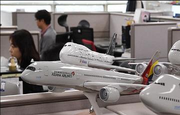 현대가 일원으로 새출발하는 아시아나항공...향후 과제 산적