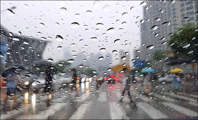 [내일날씨] 오전까지 겨울비…모레부터 초겨울 추위