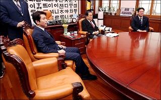[데일리안 여론조사] '정치성향' 범진보 45.2% 범보수 39.4%