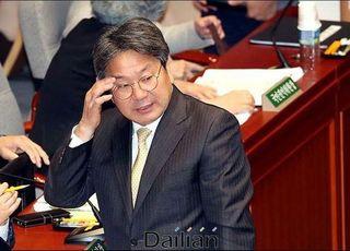 청와대까지 언급한 개헌 가능성…'장기집권' 포석인가