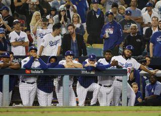 "LA 시의회 ""월드시리즈 우승 다저스로 바꿔야"""