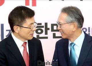 한국당 공천 '칼자루' 쥔 김형오, 칼끝은 어디로