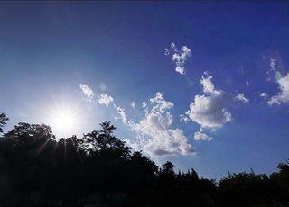 [오늘 날씨] 포근한 주말… 수도권 미세먼지 한때 '나쁨'