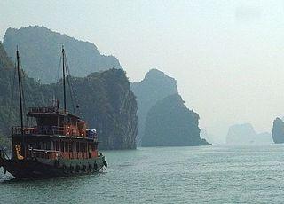 베트남 하롱베이서 선박 뒤집혀 한국 관광객 1명 사망