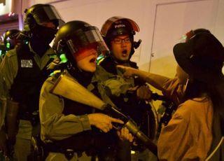 홍콩, 음력 새해 첫날에도 또 최루탄