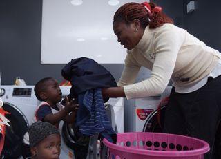 LG전자, 나이지리아에 무료 세탁방 개설