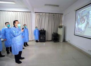 리커창 中 총리, '우한 폐렴' 현지 병원 방문