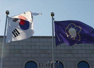 [데일리안 여론조사] '총선 선택기준' 인물 42.7% 정당 30.0%