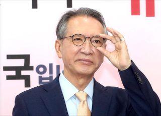 """김형오, 黃 '공천 제재' 일축…""""공천은 공관위가 한다"""""""