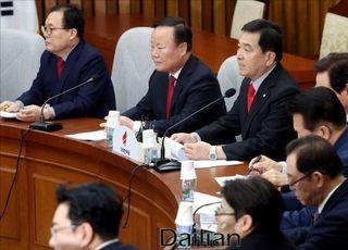 미래한국당 창당 속도전에 민주당 이어 북한까지 '한목소리' 비난