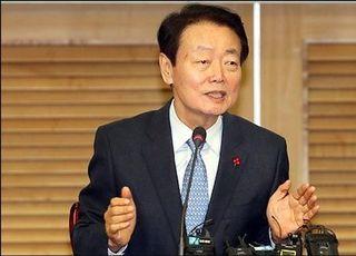 '총선 불출마' 한선교, 미래한국당 대표로 추대