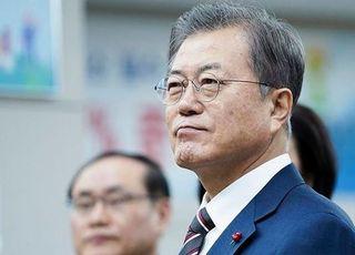 '하산길'에 들어선 文정부 4년차 지지율