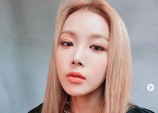 """JYP 떠난 유빈, 1인 기획사 설립 """"책임감 가지고 도전"""""""