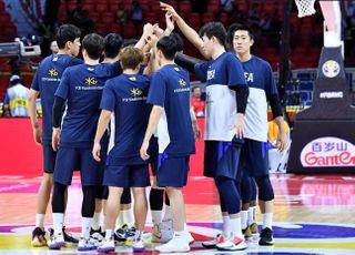 '3점슛 17개' 농구대표팀, 인도네시아 잡고 조 1위