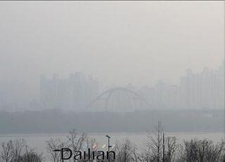 [오늘날씨] 전국 흐리고 강한 바람…미세먼지 '나쁨'