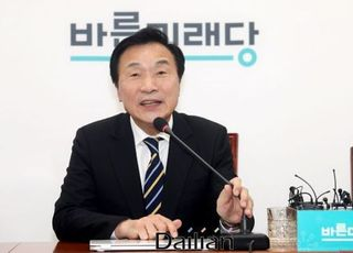 """손학규 """"총선 출마, 해야 한다면 피하지 않겠다"""""""