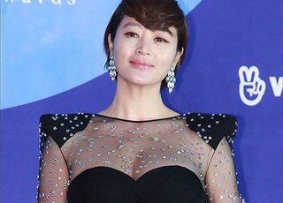 김혜수·공유·정우성, 코로나19 관련 1억원 기부