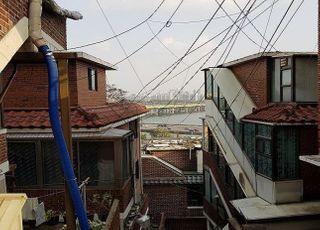 """[코로나19] '한남3' 조합원들 시공사 선정 """"미루자"""" vs """"일정대로"""""""