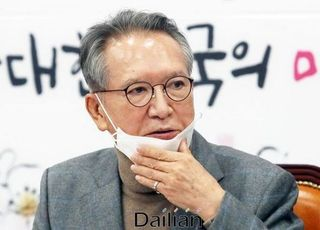 통합당, 태영호 강남갑 공천…'5·18 비하 논란' 김순례 낙천