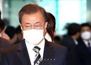 """마스크 문제만 송구하다는 文대통령…""""시급 과제는 신천지"""""""