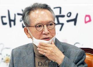 '판갈이' 공천 약속한 김형오, 시련의 시간 시작 됐나