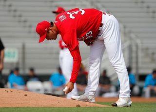 MLB 귀가 장려...김광현, 미국 플로리다 잔류 결정