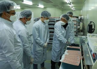 [코로나19] 삼성,  '금형 전문가 파견-MB수입' 등 국내 마스크 공급 전방위 지원