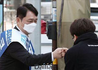[총선2020] 잠실 워크스루 운영 개시에 불꽃 튄 송파을…서울시 해명은?