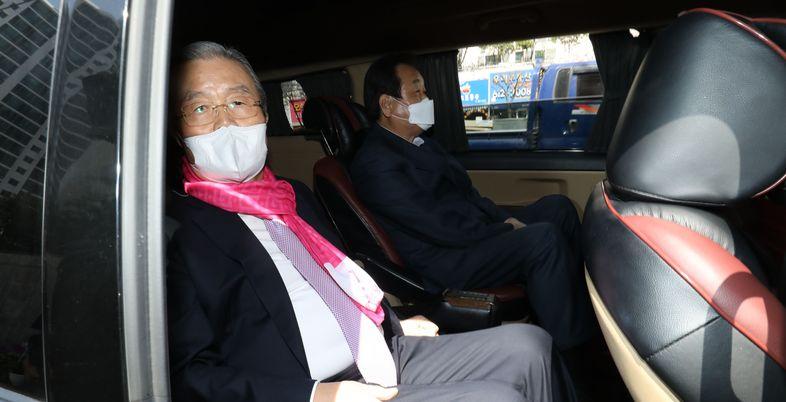 [총선2020] '잠행' 깬 김무성, '부산 총선' 이끈다