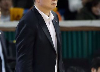 3년 지휘봉 잡았던 LG 현주엽 감독, 사의 표명